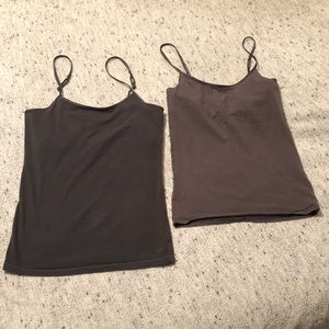 2 for 1. Gray tanks from AE and Aerie. Size S.